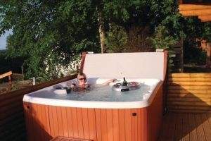 Lodges in Perthshire with hot tubs