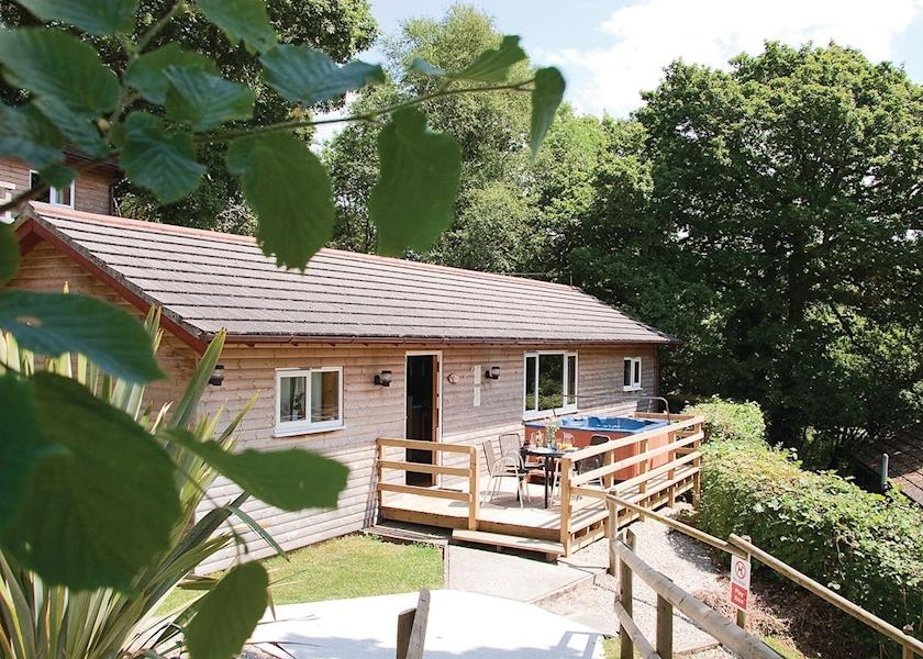 Luxury lodges Cornwall
